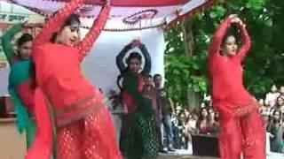 টাংগাইল কলেজের মেয়েদের পাগল ডান্স ভিডিও / Tangail Clg Girl Dance Video 2017