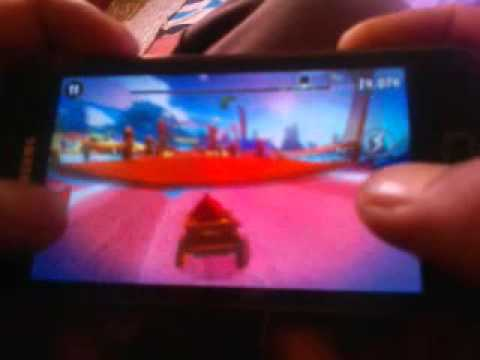 Angry birds go on galaxy s advance / s2 lite