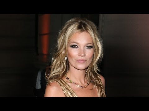 Charlotte Tilbury's Makeup Masterclass: How to get the Kate Moss look | NET-A-PORTER.COM