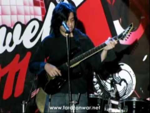 Faraz Anwar - Ujalon Main (Live at FAST Uni.)