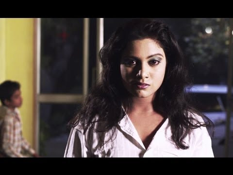 Reshma Jailed In A Murder Case - 5 Ghantey Mien 5 Crore