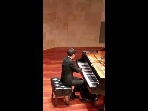 William Kim: Young Pianists Play Liszt Concert