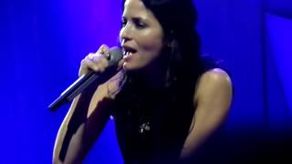The Corrs - Runaway (live Le Grand Rex Paris 4 juin 2016)