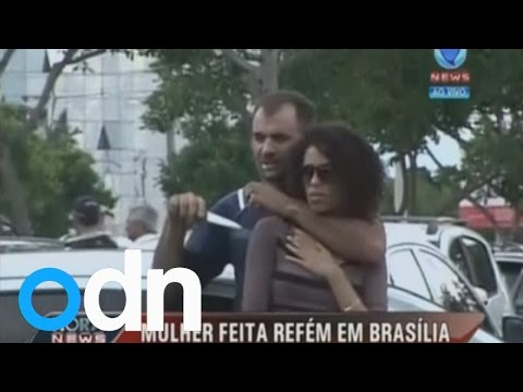 Dramatic rescue: Man holds woman hostage at knifepoint in Brazil