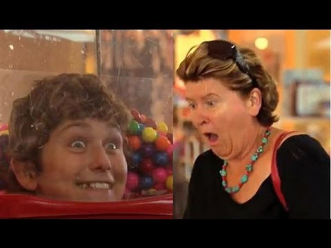 Bubble Gum Dispenser Scare Prank - Just Kidding