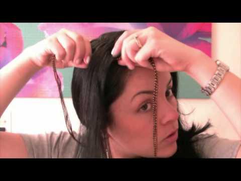 Peinado con trezas y rizos.
