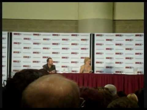 Gillian Anderson - Q&A Panel (Fan Expo Canada)