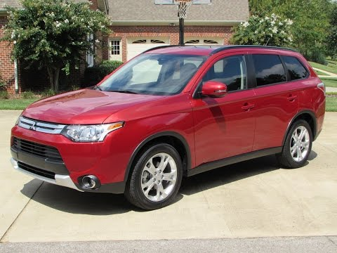 2015 Mitsubishi Outlander SE S-AWC Start Up. Test Drive. and In Depth Review