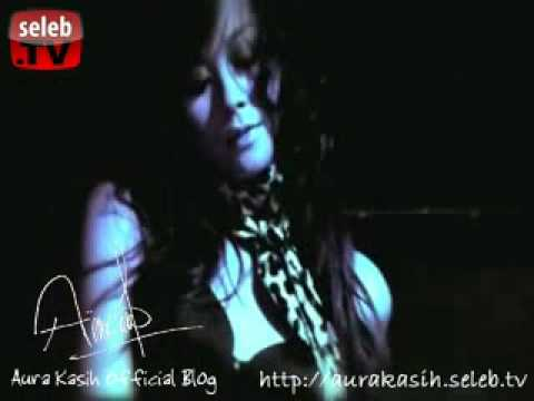 Aura Kasih - Photo Session 2 video
