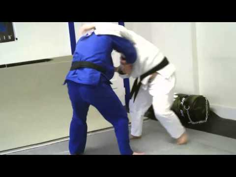 Zack vs Mong - Grappling/Rolling session at Fusion Mixed Martial Arts Image 1