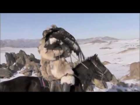 EAGLE HUNTERS KAZAKH MUSIC DOMBRA PLAYED IN BAYAN ULGII BY AYGAN BADEL