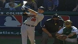 2002 ALDS Gm5: Pierzynski hits two-run homer in ninth