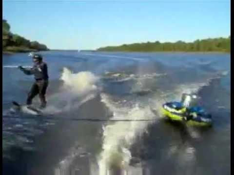 Carp fishing with Baseball bats - Redneck Style!
