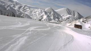 Turkey Erzurum high speed skiing on red ski slope