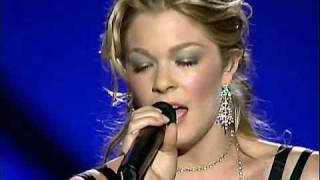 Watch Leann Rimes Love Is An Army video