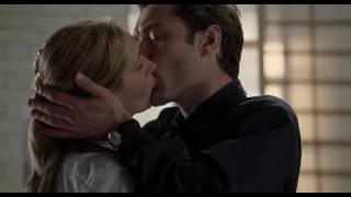 Julia Roberts hot kissing from Closer 2004
