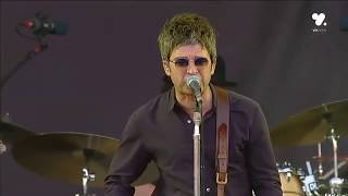 Noel Gallagher - In The Heat of the Moment (Lollapalooza Festival 2016 Chile)