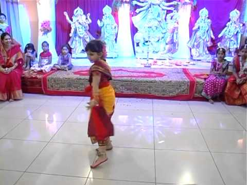 Phaguner Mohanay -bengali Folk Dance By Rai-2013 video