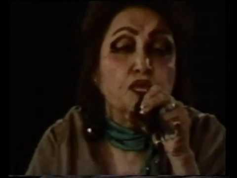Mujh se pehli si mohabbat Noor Jahan Live.