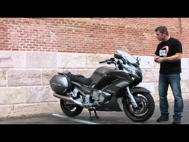 Vid�o Essai Yamaha FJR 1300 A 2013 : Merci l'�lectronique !