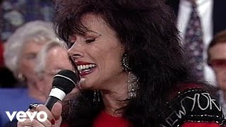 Bill & Gloria Gaither - Ordinary Baby [Live] ft. Reba Rambo