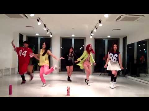 F(x) (에프엑스) - Rum Pum Pum Pum (첫 사랑니) Dance Cover  By Shineegirls video