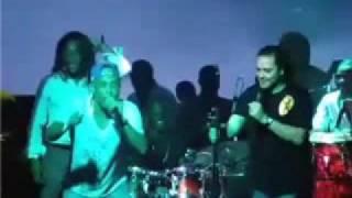 Djakout Feat Roberto Micky