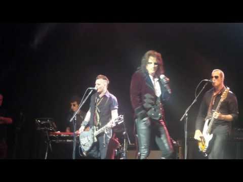 I Got A Line On You LIVE Hollywood Vampires 7-10-16 Coney Island - Joe Perry