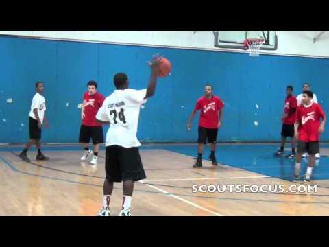 9Red #60 Garrett Henson, 6'0 176lbs, The Canterbury Episcopal School TX 2015 - 04/14/2012