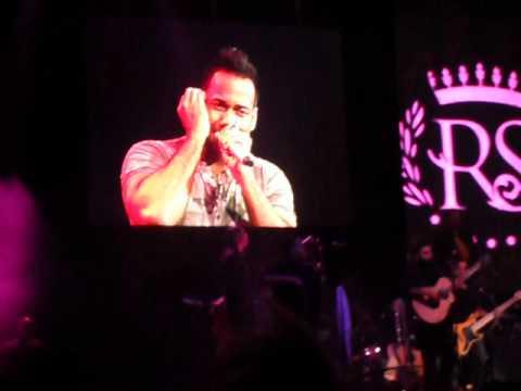 Romeo Santos La Curita Luna Park Argentina 2012 video