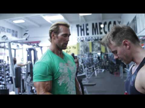 MIKE O HEARN - Nice body but what can you do with it - part 8 - Power Lifting