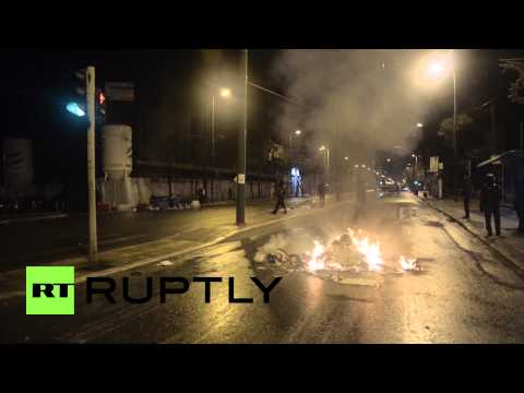 Greece: FIRST sign of anti-Syriza unrest as clashes break out in Athens