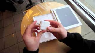 iPad 2 UNBOXING & Hands On!