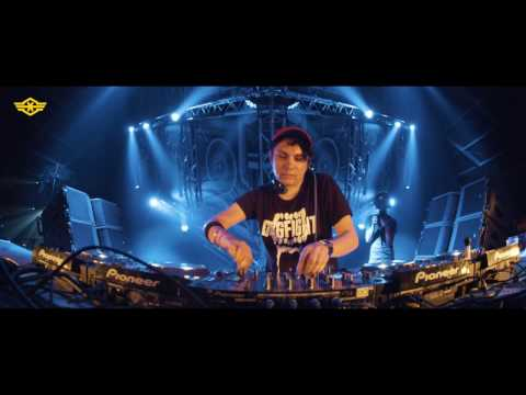 Q-BASE 2016 | Mad Dog