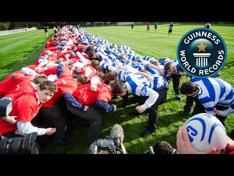 SPOTLIGHT - Largest rugby scrum