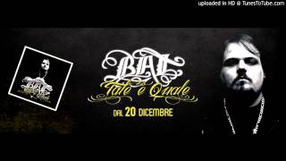 04 Sole a mezzanotte (feat. Vincenzo Da Via Anfossi e Jack The Smoker