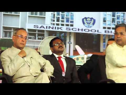 Sainik School Bijapur -GJ, Shri Shivayogi C Kalasad proposing vote of thanks