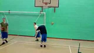 5' 9 Dunking Over Someone!!