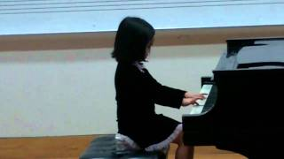 Saya playing Musette by Anoynomous and Allegro by Suzuki