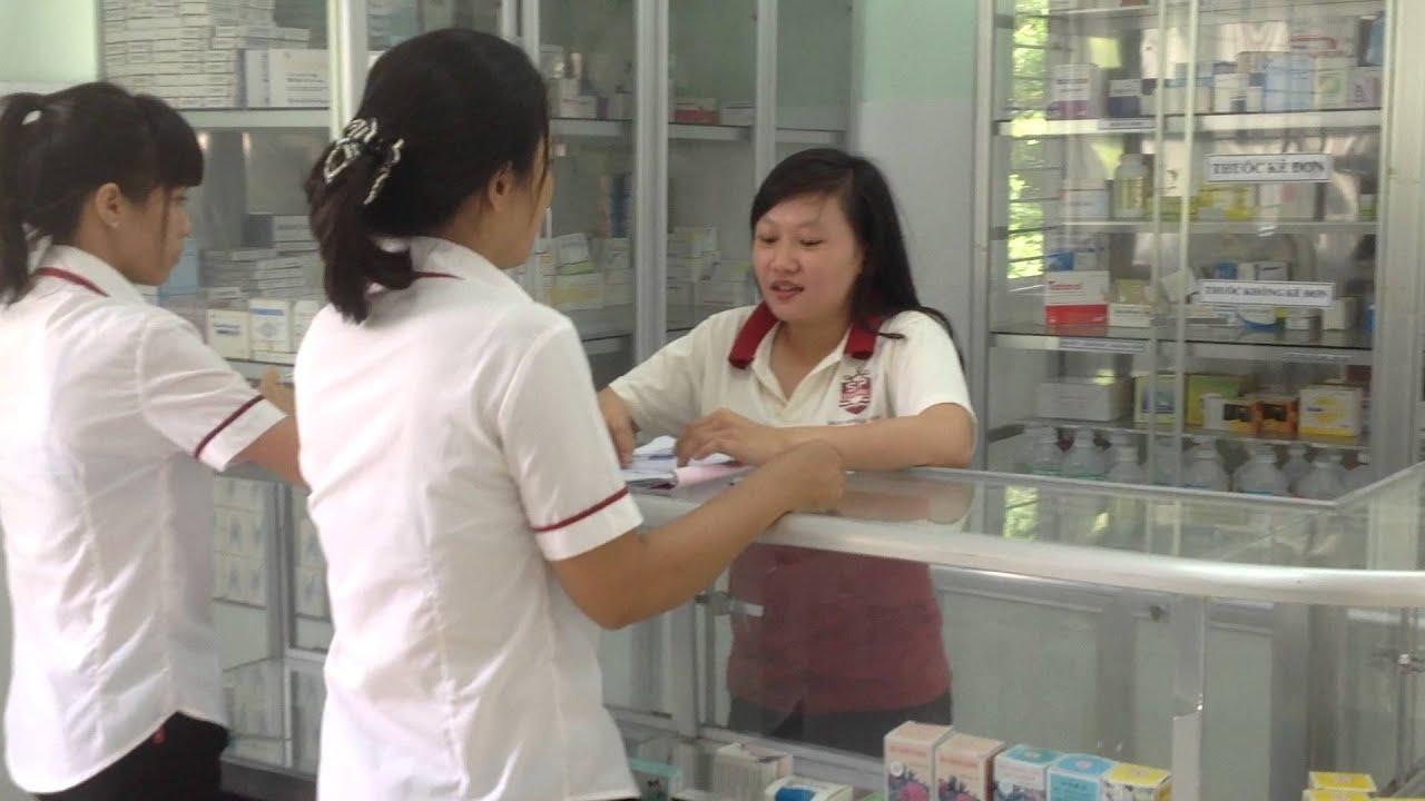 Trung cấp y khoa tuyển sinh dược sĩ thực hành nhà thuốc