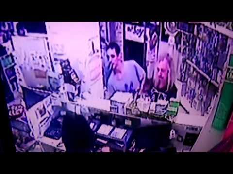 Capusotto fue testigo de un robo en una farmacia