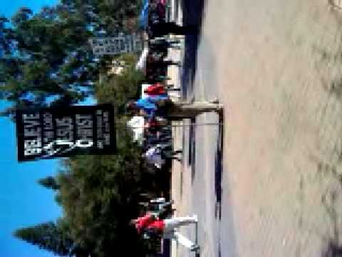 Crazy Jesus guy at UC Irvine calling people retarded