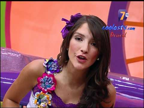 Marijo Descuidos Minifalda Morada Calzoncitos Blancos HD