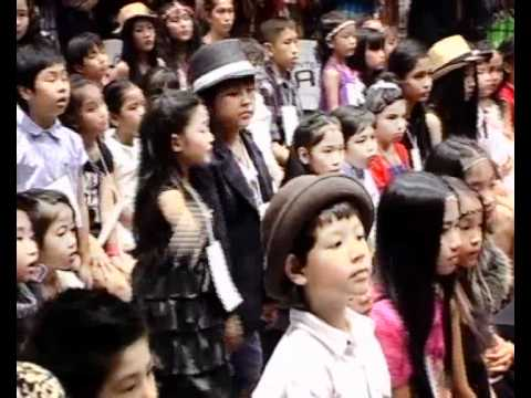 Siam Paragon Kids International Fashion Week 2011(Official)