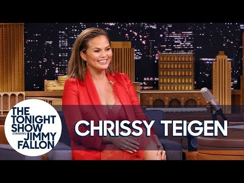 Chrissy Teigen Shares the Mortifying Way She Greeted Beyoncé at the Grammys