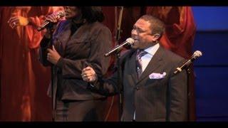 download lagu Donnie Mcclurkin - Great Is Your Mercy - Gospel gratis