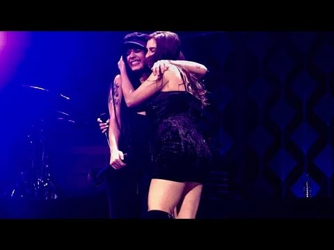 HALSEY AND LAUREN JAUREGUI STRANGERS #Kiss108JingleBall