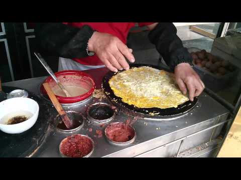 Breakfast in Tianjin, China - Jian Bing Guo Zi 煎饼果子