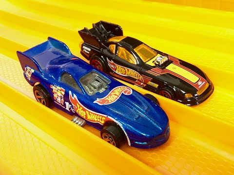 Drag Race: Funny Car Dragsters! - Hot Wheels