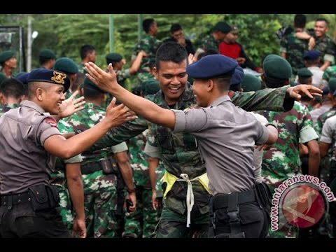 Kompilasi Yel-Yel TNI Joget Ala Prajurit thumbnail